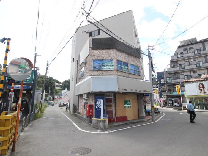 鼓ヶ滝駅前店舗