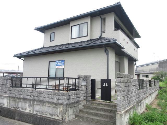 小松新屋敷甲2289-4貸家