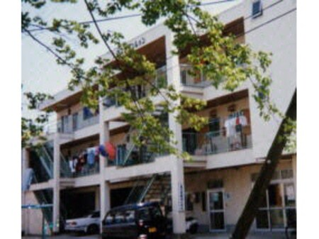さつきマンション2号棟外観写真
