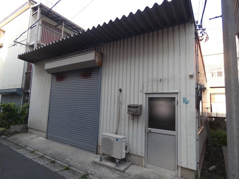 カルゴドール倉庫