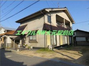 芳泉二階建貸家外観写真