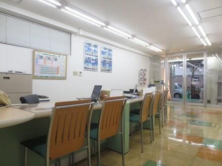 広々とした店内でゆっくりとお部屋探しをお楽しみ下さい。