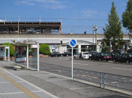 名鉄・地下鉄上小田井駅南口 ロータリー