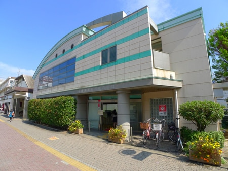 穏やかな雰囲気のある南浦和駅西口ロータリーです。