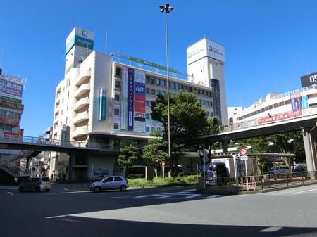 藤沢駅南口(小田急デパート~駅前ロータリー)