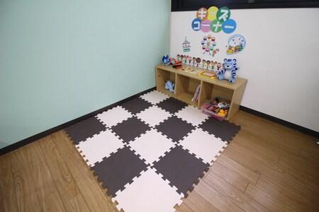 お子様連れのお客様もゆっくりお部屋探しをお楽しみ頂けるように、キッズスペースをご用意しております。