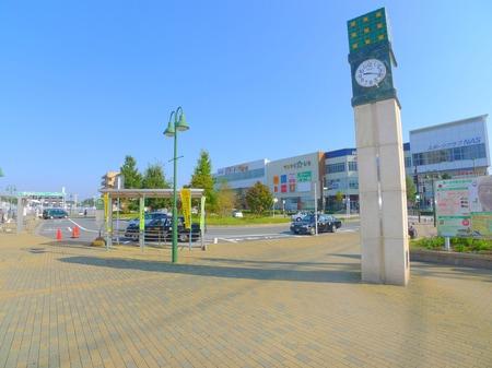 ★新鎌ケ谷駅ロータリー★エイブルのお店は、左手側を歩いて頂き徒歩3分です。
