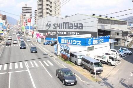 国道183号線 武田山入口交差点に当店はございます♪