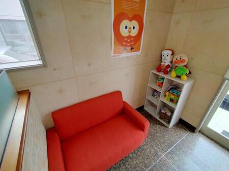 お子様のおもちゃも少しご用意しております。