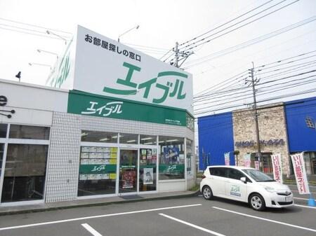 隼人町見次交差点に面しています!駐車場も完備しておりますので、お気をつけてお越し下さい☆☆
